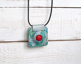 Green square pendant