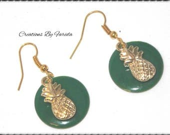 Earrings round sequin green and gold pineapple charm