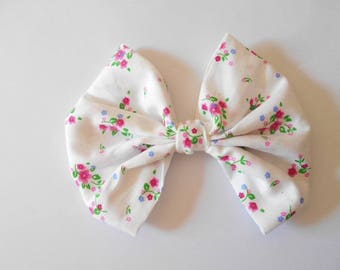 Large bow made of cotton fabric printed white polyester Flower Pink