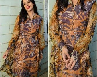 Vintage seventies long sleeve floral dress
