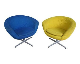 Overman Sweden Pod Chairs in Chartreuse and Cerulean Wool