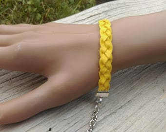 Yellow braided leather bracelet / Yellow bracelet / leather plaits / leather braiding / braided bracelet / 100 % Handmade