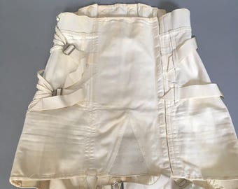 1940s camp corset girdle