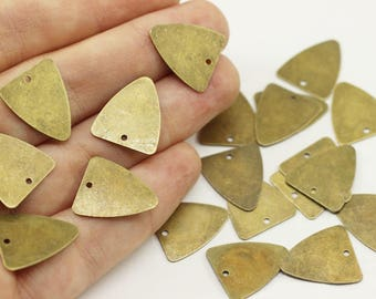Antique Bronze Guitar Pick Blanks with Hole, 24 Gauge 16x18 mm, Brass Stamping Blanks, Triangle Tags, Triangle Charms, TRBK