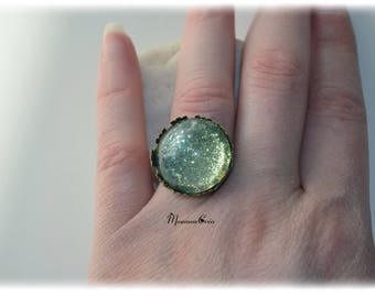 Painted by hand, ring