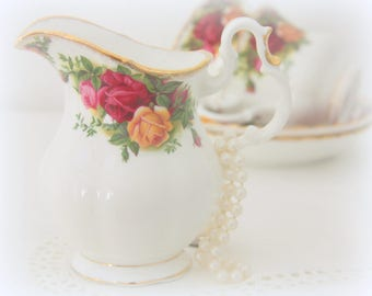 Vintage Royal Albert Bone China 'Old Country Roses' Large Size Creamer, Milk Jug, England