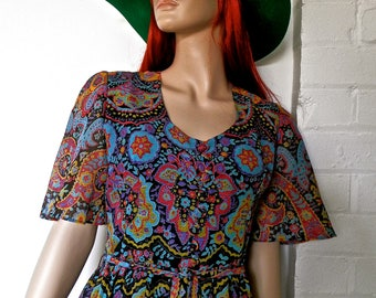 SALE - Original 1960's Psychedelic/Paisley Print Maxi Dress.