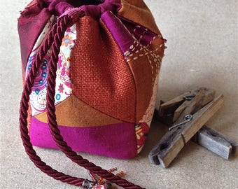 Small purse empty refined pocket. Valentine's day gift. Silk, linen and cotton. Spirit komebukuro.