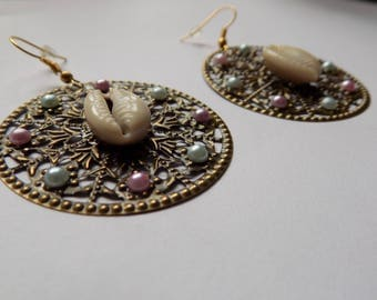 Earring round strands/pad.