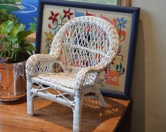 Vintage Wicker Doll Chair// Shabby Chic Wicker Chair// Doll Furniture