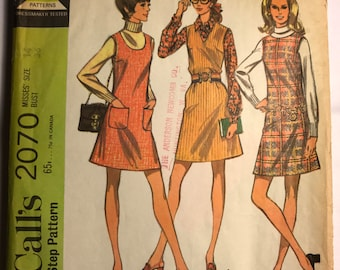Vintage 1969 Pattern for 3 Cute A-Line Moddy Dresses, B36