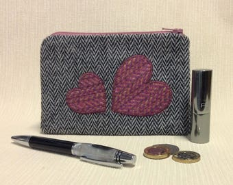 Tweed zipped coin purse/change purse in black and white herringbone with pink tweed appliqued heart