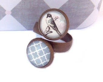 Bird and grey vintage pattern double brass ring round cabochon 12mm