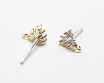 E0209/Anti-Tarnished Gold Plating Over Brass + Sterling Silver Post/Tiny Triangle Cubic Stud Earrings/4.9x6.5mm(include ring)/2pcs