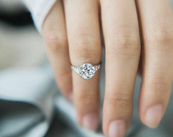 SOLD! Vintage Tiffany & Co Engagement Ring | Willow