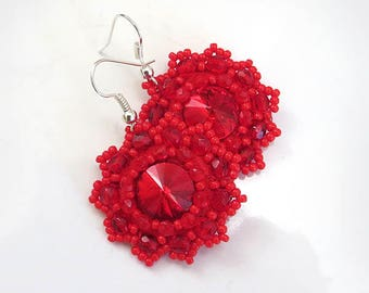 Small Red sparkle earrings, Red earrings, Red beaded earrings, Red Christmas gift, Christmas jewelry red shiny earrings, crystal earrings