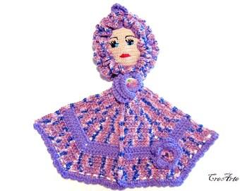 Purple crochet doll potholder, presina bambola viola all'uncinetto