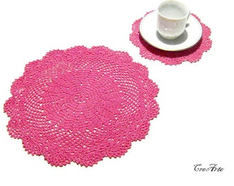 Hot Pink Crochet doily and coaster, Set of doily and coasters, Set centrino e sottobicchiere