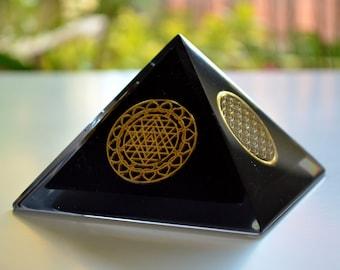 "Protective Orgonite Pyramid 4"", EMF protection, Flower of Life, Sri Yantra, reiki, wealth, money orgone"