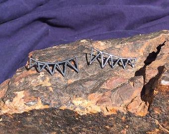 Oxidized Silver Geometric Triangle Ear Climber Earrings. 925 Silver. Item 055