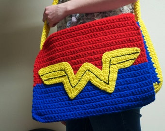 Wonder Woman Messenger Bag