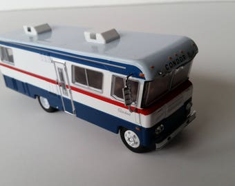 Vintage Camper1972 Condor II Motorhome 1/64 Die Cast Metal Adult Collectible Model Car House Car Retro 1970'S Replica camper Diorama supply