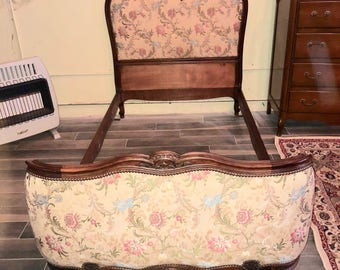Vintage Antique French Country Demi Twin Bed Victorian