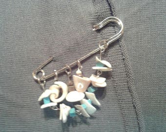 Seashell brooch length 7.5cm