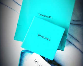 Vintage TIFFANY & Co Jewelry Box and Bag