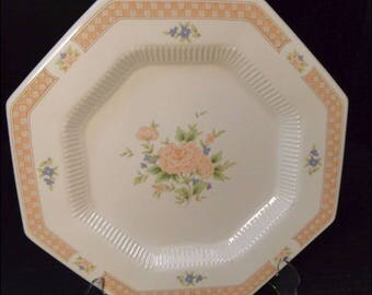 """Nikko Cameo Rose Octagon Dinner Plate 10 3/4"""" 279 EXCELLENT!"""