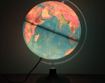 1982 Rand McNally Globe Light