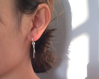 Small hoops with small bars