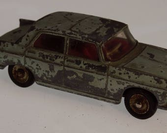 Dinky Toy Car Vintage Pegeot 404 Diecast 1:43 made in France 1960s