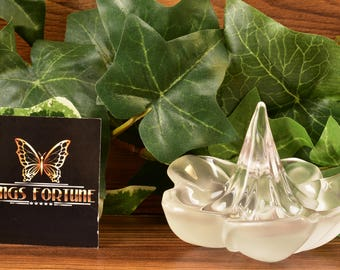 Lalique Crystal Ring Holder, 1995 Frangipanier Ring Holder with Box