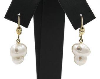Orecchini in oro giallo(18 kt) con grandi perle barocche KASUMI (12,10 mm) Earrings yellow gold with Freshwater cultured baroque pearls
