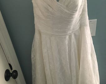 David's Bridal Wedding Dress Brand New with tags, never worn!