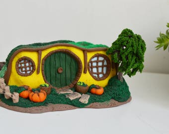 Hobbit hole miniature Fairy house, LOTR inspired Fan art, Shire house, fantasy collectibles, Hobbit house Lord of the rings, Halloween decor