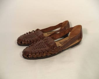 Vintage Huaraches// 90s woven brown leather Mexican hipster bohemian Predictions sandals// Women's size 7.5 USA