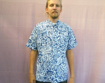 80s Blue Batik Print Shirt • Oxfords Button Down • Dashiki Shirt • Short Sleeve Shirt • xlarge