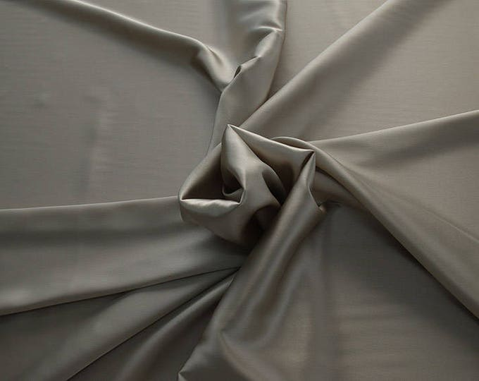 1713-015 Crepe Satin retal 35 cm