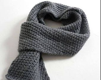 Scarf knitted from 100% wool (merino wool)