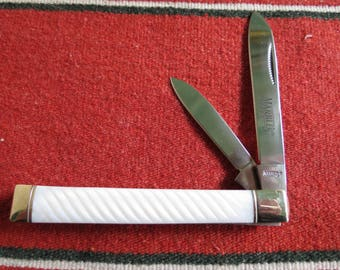Marble's Two Blade Doctors' Knife - Mother of Pearl Folding Pocket Knife