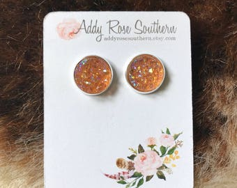 Peachy orange druzy earrings, rose gold druzy, druzy earrings, white druzy tear drop, White drop earrings