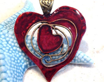 Large bronze metal pendant / hand painted Bohemian red heart
