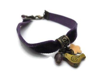 Velvet and bird charm Ribbon Bracelet