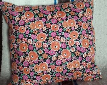 The 2 floral pillows Akwaba creations with trim 40x40cm