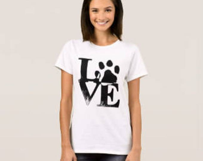 "Dog Lover's T-shirt ""Love Paw"""