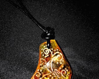 "Pendant ""Fairy amber"" on leather strap"