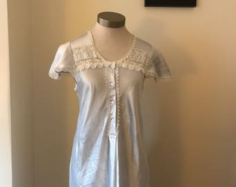 1970's white lace Christian Dior silk night gown - size 5/6