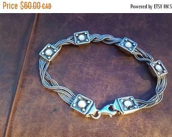 ON SALE Vintage Sterling Silver and Stone Bracelet